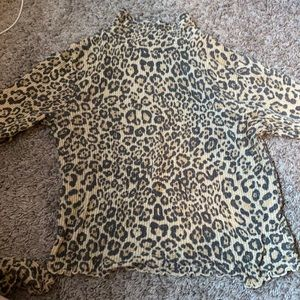 urban outfitters cheetah turtleneck